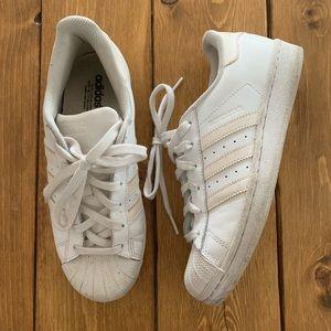 Adidas Originals classic Superstar sneakers